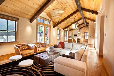Ballard Penthouse-Telluride