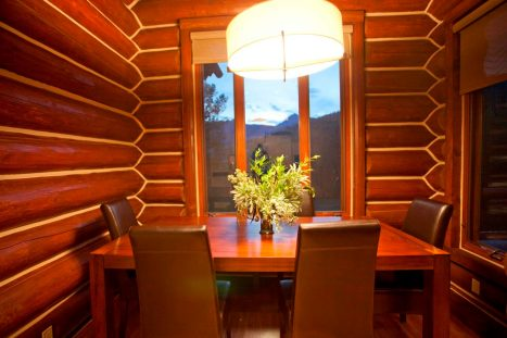 Tristant 135 - Dining Room