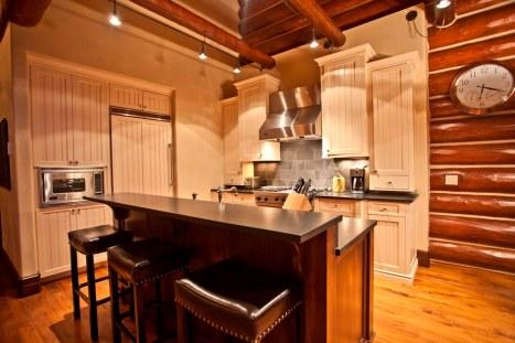 Tristant 135 - Kitchen