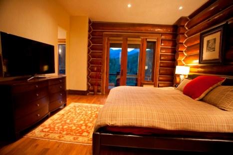 Tristant 135 - Master Bedroom 2